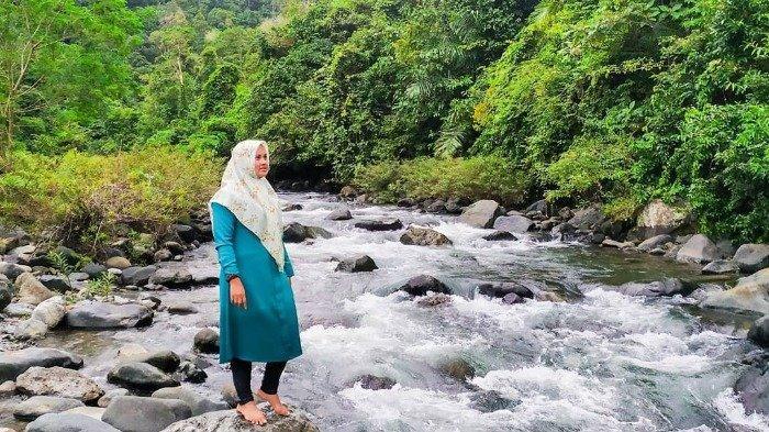 Menikmati Kesegaran Lamsujen Tempat Wisata Alam Di Aceh Besar Tribun Travel