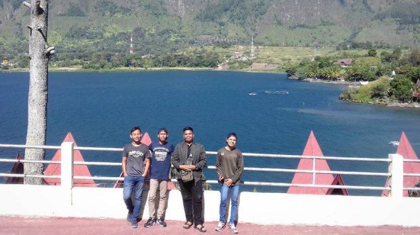 danau-teratai-di-kecamatan-tinggi-raja-kabupaten-asahan-sumatera-utara.jpg