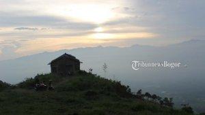 Cari Spot Menikmati Sunset Usai Berlibur dari Nirvana Valley Resort? Berikut 4 Tempat Rekomendasinya