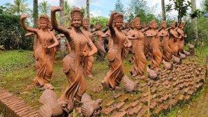 Viral Taman di Banyuwangi Penuh Patung Penari, Simak Harga Tiket Masuknya