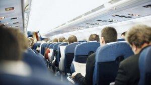 Pramugari Beberkan Cara Sederhana Agar Bisa Dapatkan Pelayanan Terbaik saat Naik Pesawat