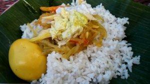 Nasi Liwet Bu Waris dan 6 Nasi Liwet Legendaris di Solo untuk Menu Sarapan