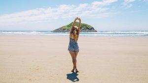 11 Tempat Wisata di Banyuwangi untuk Liburan Akhir Pekan, Jelajah Keindahan Pantai Rajegwesi