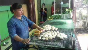 6 Kuliner Malam di Palembang, Ada Pempek Saga Sudi Mampir hingga Pempek Candy