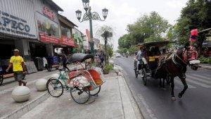 Sudah Tawar Menawar Tidak Jadi Beli, Wisatawan Mengaku Ditendang Penjual di Malioboro