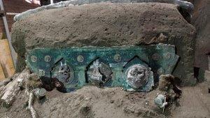 Kereta Kuno Ini Ditemukan di Dekat Reruntuhan Pompeii, Kondisinya Hampir Terawetkan Sempurna