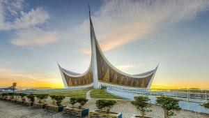 3 Masjid Berdesain Etnik Modern di Indonesia, Nyaman untuk Ibadah dan Wisata Religi