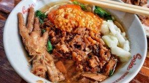 6 Tempat Makan Mi Ayam di Solo yang Terkenal Enak dan Murah