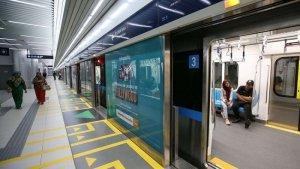 TRAVEL UPDATE: Jadwal Operasional Terbaru Keberangkatan MRT Jakarta per 1 Maret 2021