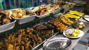 Nasi Uduk Gondangdia dan 4 Kuliner Enak di Jakarta Pusat untuk Makan Siang