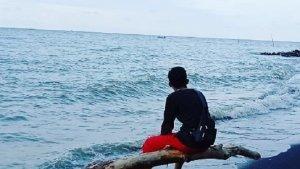 Asyiknya Ngabuburit di Pantai Pulo Kodok Tegal, Bisa Sambil Memancing Ikan