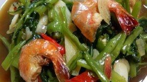 Menu Buka Puasa: Resep Tumis Kangkung Seafood Istimewa, Bikinnya Cuma 15 Menit