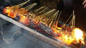 7 Kuliner Khas Surabaya untuk Menu Sarapan, Ada Sate Klopo Ondomohen yang Bikin Ketagihan