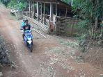 aktivitas-warga-kampung-pitu-nglanggeran-patuk-gunungkidul-jumat-2532021.jpg