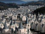 bangunan-mirip-istana-negeri-dongeng-di-burj-al-babas-turki.jpg