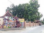 bangunan-wangi-resto-yang-berada-di-desa-colomadu.jpg