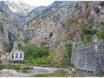 benteng-kotor-di-montenegro.jpg