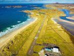 donegal-airport-di-irlandia-yang-dinobatkan-sebagai-landasan-pesawat-terindah-di-dunia.jpg