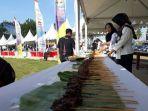 festival-sajian-sate-terbanyak-di-kabupaten-kaur-bengkulu_20180731_154914.jpg
