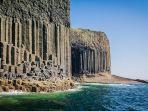fingals-cave-di-skotlandia.jpg