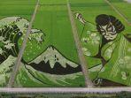 foto-udara-menunjukkan-karya-seni-yang-menggambarkan-aktor-teater-ukiyoe-dan-kabuki-jepang.jpg