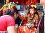 gadis-yang-dianggap-dewi-kumari-di-nepal.jpg