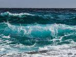 gelombang-air-laut.jpg
