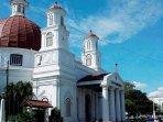 gereja-di-kota-lama-semarang.jpg