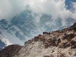 gunung-everest_20180115_210516.jpg