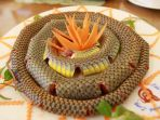 hidangan-dari-daging-ular-khas-vietnam_20180915_185519.jpg