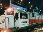 ilustrasi-kereta-api-di-stasiun-surabaya-gubeng.jpg