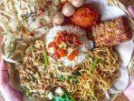 ilustrasi-menu-makan-di-warung-nasi-pecel-bu-tinuk-bali.jpg