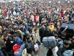 ilustrasi-padatnya-populasi-penduduk-di-china.jpg