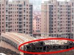 jatuhnya-sebuah-gedung-apartemen_20171021_151829.jpg