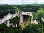 jembatan-batu-alam-di-tinshng-sn-qio-wulong-provinsi-chongqing-china.jpg