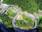 jembatan-kelok-9-di-sumatera-barat_20180607_185846.jpg