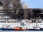 kapal-pesiar-msc-yang-terbakar.jpg