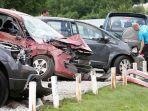 kecelakaan-mobil_20170702_182503.jpg
