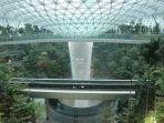 keindahan-air-terjun-indoor-tertinggi-di-dunia.jpg