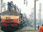 kereta-di-india_20180515_143451.jpg