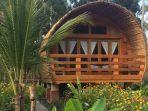 lagoona-beach-bungalows-batukaras-ims.jpg