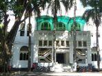 masjid-cut-meutia-untuk-wisata-religi-selama-ramadan.jpg