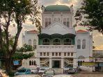 masjid-cut-meutia.jpg