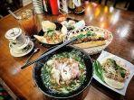 menu-khas-vietnam-yang-tersedia-di-pho-ngon-paris-van-java.jpg