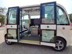 minibus-tanpa-pengemudi-dengan-teknologi-5g-di-gelora-bung-karno_20180816_122159.jpg