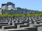 monumen-holocaust_20180322_174518.jpg
