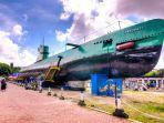 monumen-kapal-selam-di-surabaya-1.jpg