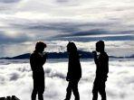 negeri-di-atas-awan-toraja_20180307_180839.jpg