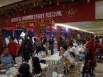 oriental-street-food-festival-di-lantai-2-north-skywalk.jpg
