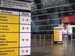 papan-informasi-di-bandara-delhi.jpg
